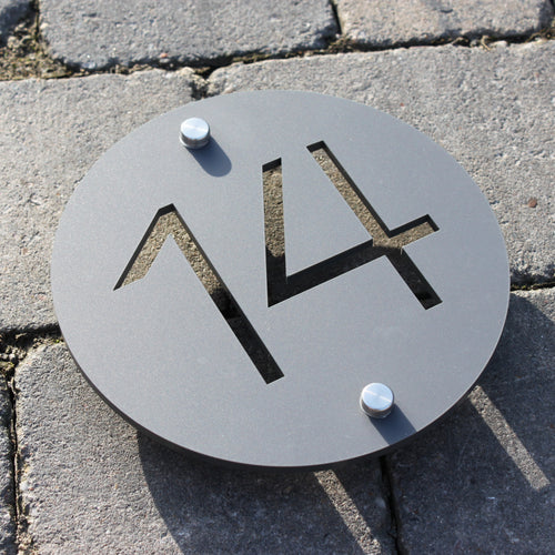 Modern Round House Number Sign 15cm - KREATIV DESIGN