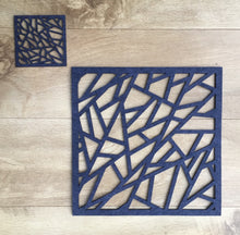 Laden Sie das Bild in den Galerie-Viewer, Geometric Placemat and Coaster set, Contemporary Laser Cut Rectangular Design in Thick Melange Felt - Kreativ Design Ltd