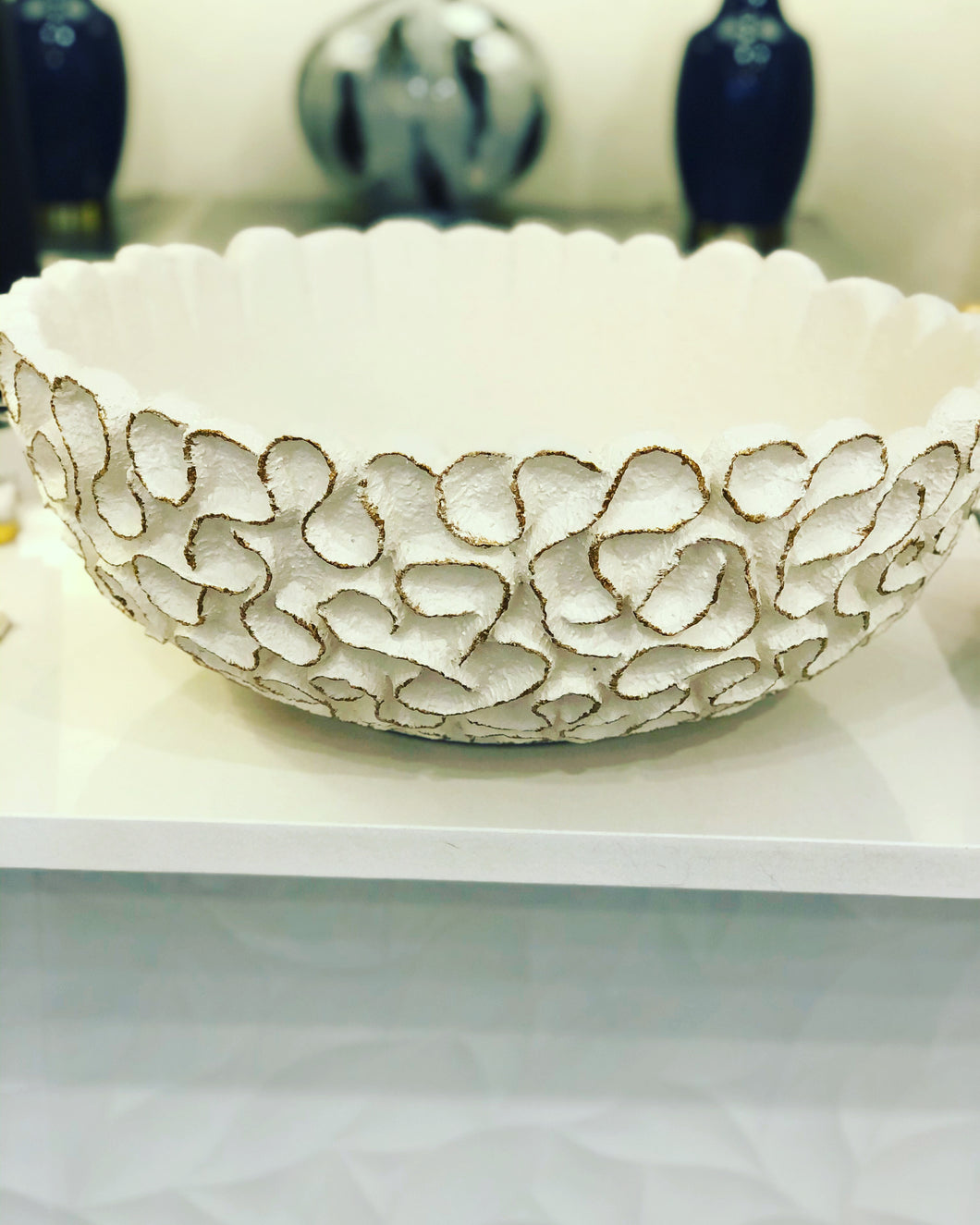 Porcelain 22-inch round white/gold bowl