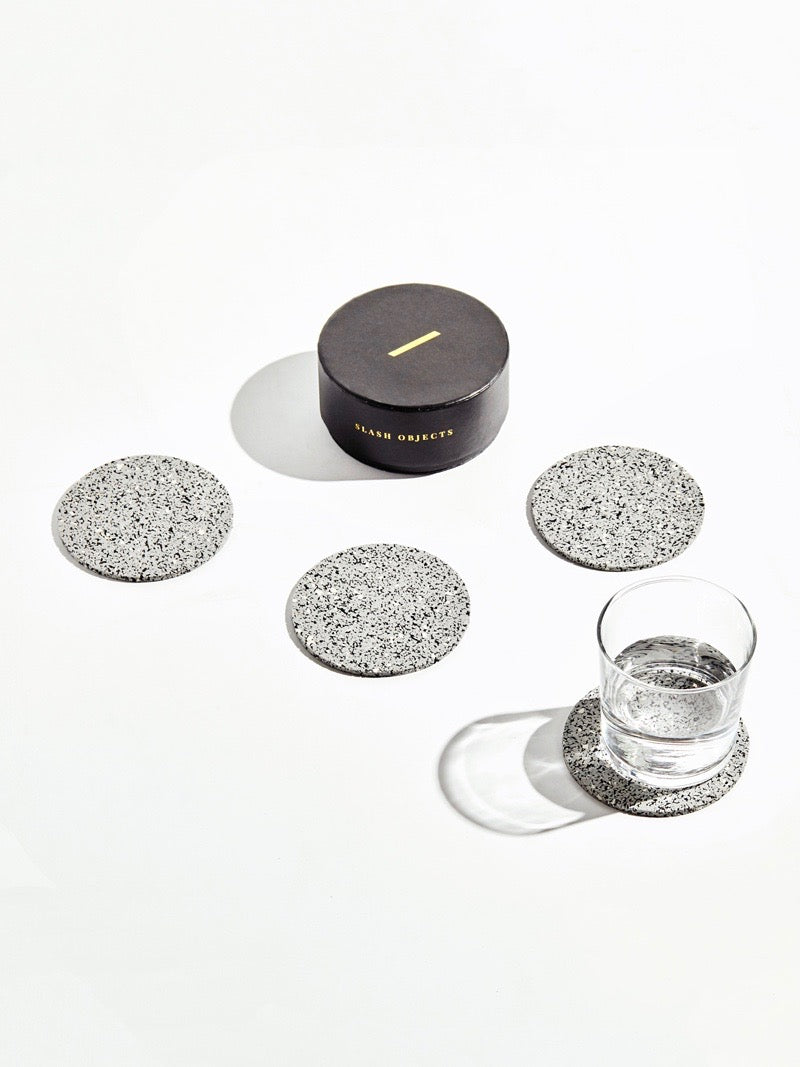 Round Rubber Coasters in Gris (Set of 4)