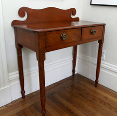 FEDERAL DRESSING TABLE