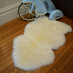 Sheepskin rug, single pelt