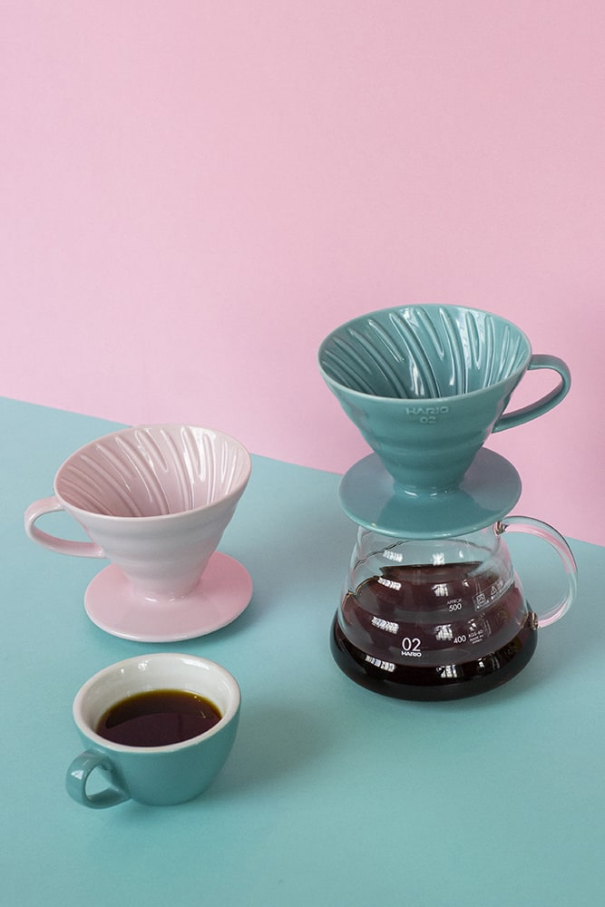 V60 Ceramic Dripper 02 pink and turquoise