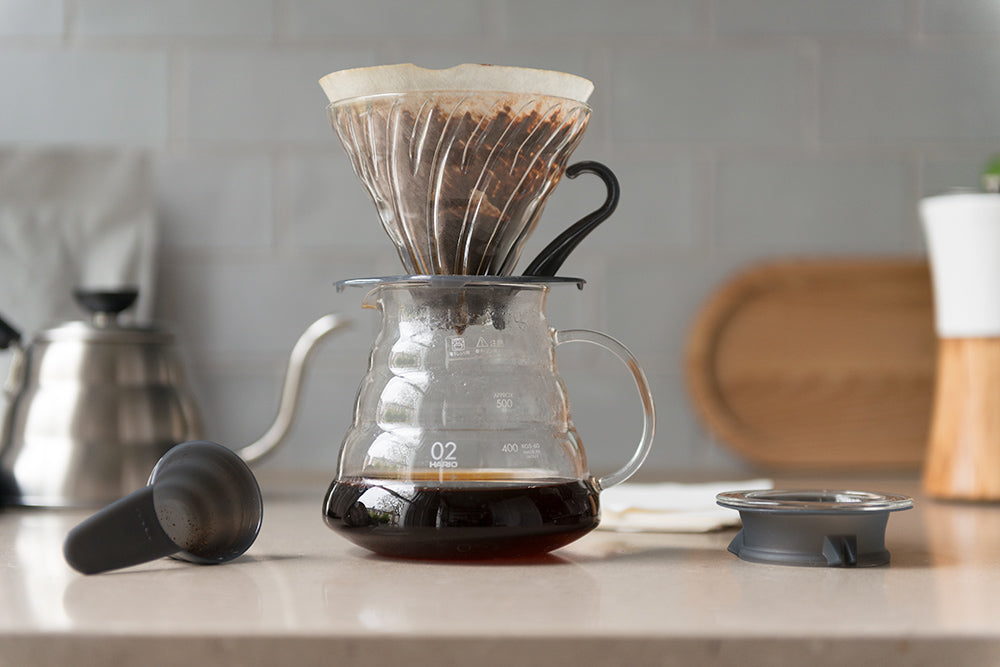 Hario V60 Glass Coffee Brewing Kit Black Clear Size 02