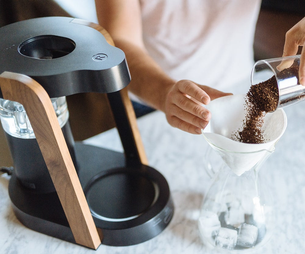 Ratio Eight Coffee Maker ground coffee beans
