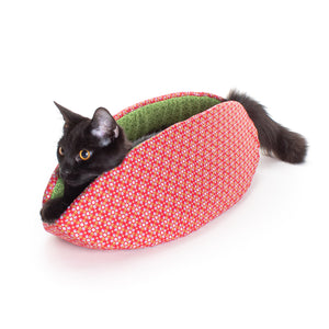 Holiday Edition Cat Canoe® Cat Beds