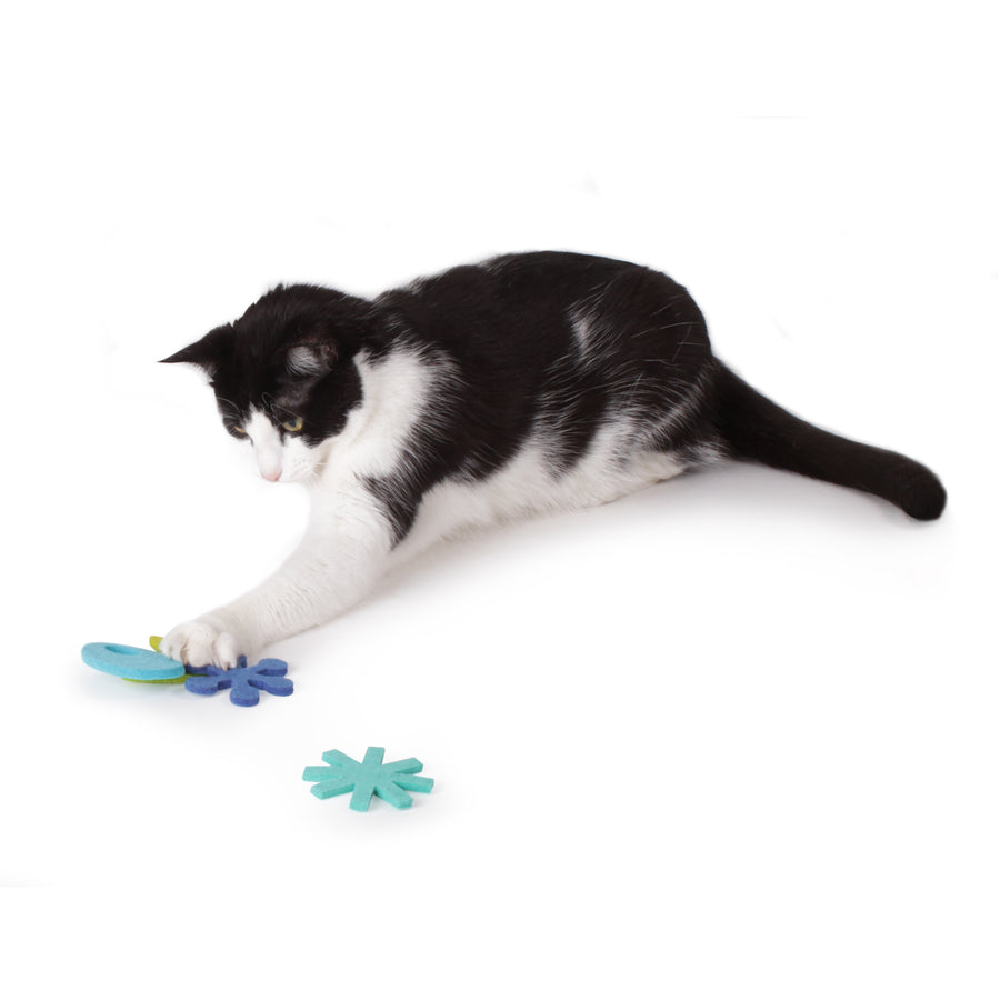 Atomic Flyers :: Felt Cat Toys (Set of 4 Toys)