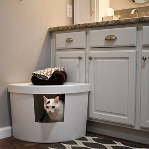 Kitangle Seamless Covered Litter Box :: Corner Style Front Entry