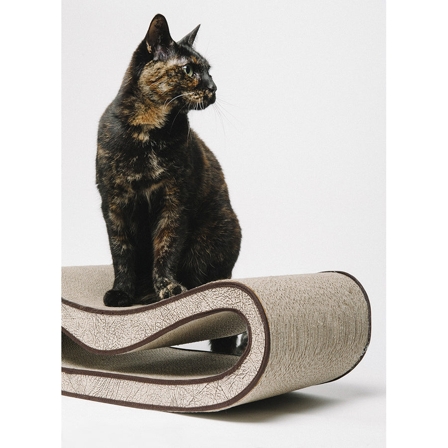 Leeloo Designer Cat Scratcher from P.L.A.Y.