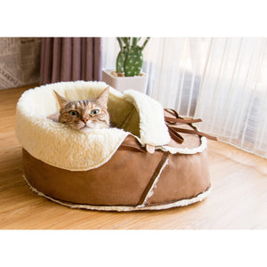 Moccasin Cat Bed from Napping JoJo