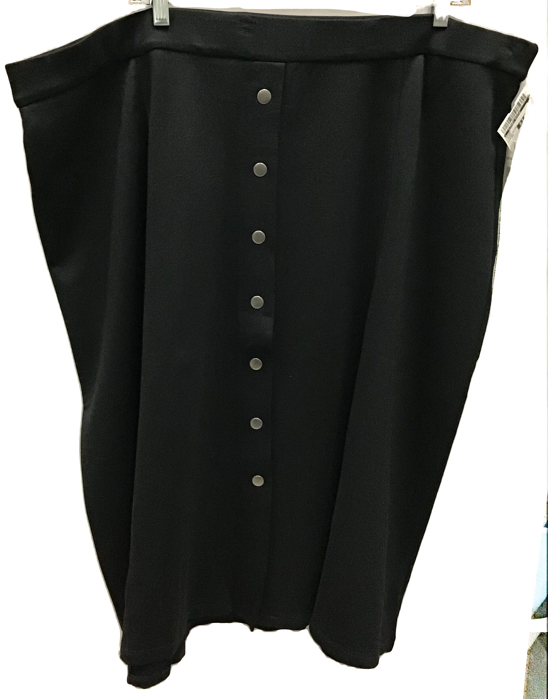 Primary Photo - BRAND:    CLOTHES MENTOR <BR>STYLE: SKIRT <BR>COLOR: BLACK <BR>SIZE: 22 <BR>OTHER INFO: LINDA MATHEWS - <BR>SKU: 213-213118-28830