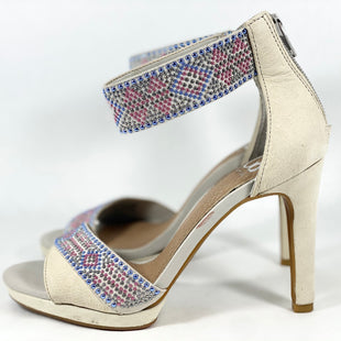 Primary Photo - BRAND: GIANNI BINI STYLE: SHOES HIGH HEEL COLOR: CREAM SIZE: 5.5 SKU: 213-213118-32992