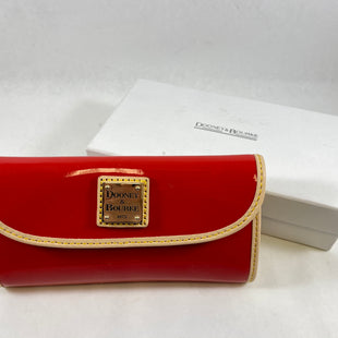 Primary Photo - BRAND: DOONEY AND BOURKE STYLE: WALLET COLOR: RED SIZE: LARGE SKU: 213-213118-34701