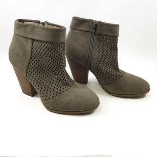 Primary Photo - BRAND: SOLE SOCIETY STYLE: BOOTS ANKLE COLOR: TAUPE SIZE: 8.5 SKU: 213-21394-41896
