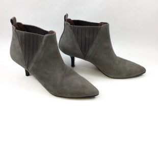 Primary Photo - BRAND: DONALD J PILNER STYLE: BOOTS ANKLE COLOR: GREY SIZE: 7 SKU: 213-213143-5383