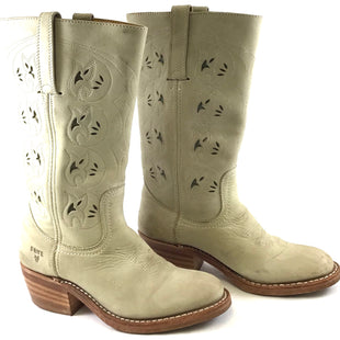 Primary Photo - BRAND: FRYE STYLE: BOOTS KNEE COLOR: CREAM SIZE: 6 SKU: 213-213143-5248