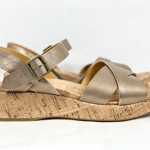 Primary Photo - BRAND: KORK EASE STYLE: SANDALS LOW COLOR: METALLIC SIZE: 11 SKU: 213-213149-3640