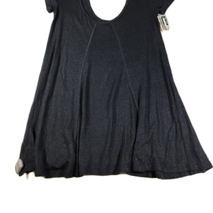 Primary Photo - BRAND: FREE PEOPLE STYLE: TOP SHORT SLEEVE COLOR: GREY SIZE: S SKU: 213-213118-33312