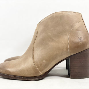 Primary Photo - BRAND: FRYE STYLE: BOOTS ANKLE COLOR: TAUPE SIZE: 7 SKU: 213-213135-7528