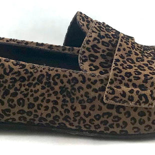 Primary Photo - BRAND:  CMB STYLE: SHOES FLATS COLOR: LEOPARD PRINT SIZE: 8 OTHER INFO: AGL - SKU: 213-21394-45500