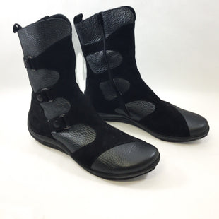 Primary Photo - BRAND:  CMB STYLE: BOOTS ANKLE COLOR: BLACK SIZE: 9.5 OTHER INFO: ARCHE - SKU: 213-213118-34416