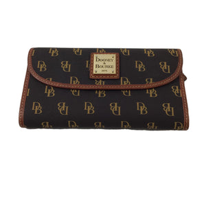 Primary Photo - BRAND: DOONEY AND BOURKE STYLE: WALLET COLOR: MONOGRAM SIZE: MEDIUM SKU: 213-21394-44961