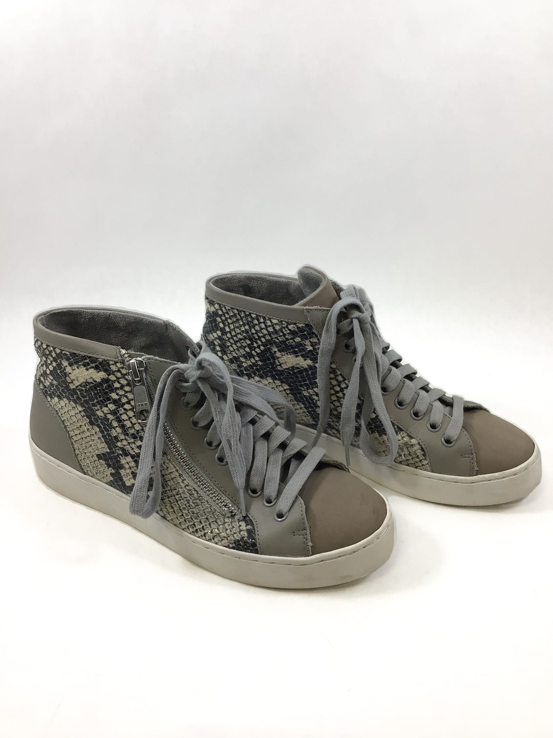 Primary Photo - BRAND: VIONIC <BR>STYLE: SHOES LOW HEEL <BR>COLOR: SNAKESKIN PRINT <BR>SIZE: 6 <BR>SKU: 213-213143-9518