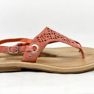 Primary Photo - BRAND: UGG STYLE: SANDALS LOW COLOR: CORAL SIZE: 10 SKU: 213-213135-6291