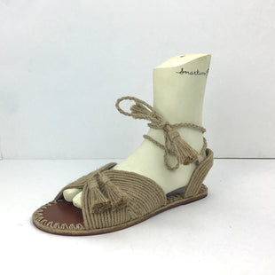 Primary Photo - BRAND:    CLOTHES MENTOR STYLE: SANDALS FLAT COLOR: STRAW SIZE: 11 SKU: 213-213106-19793