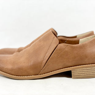 Primary Photo - BRAND: BC CLOTHING COMPANY STYLE: SHOES LOW HEEL COLOR: BROWN SIZE: 9 SKU: 213-21394-43920