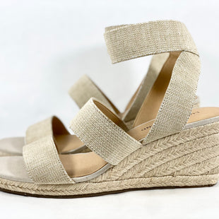 Primary Photo - BRAND: LUCKY BRAND STYLE: SANDALS LOW COLOR: BEIGE SIZE: 9 SKU: 213-213150-699