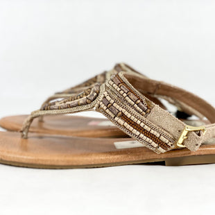 Primary Photo - BRAND:    CLOTHES MENTOR STYLE: SANDALS FLAT COLOR: BROWN SIZE: 9.5 SKU: 213-213156-1028