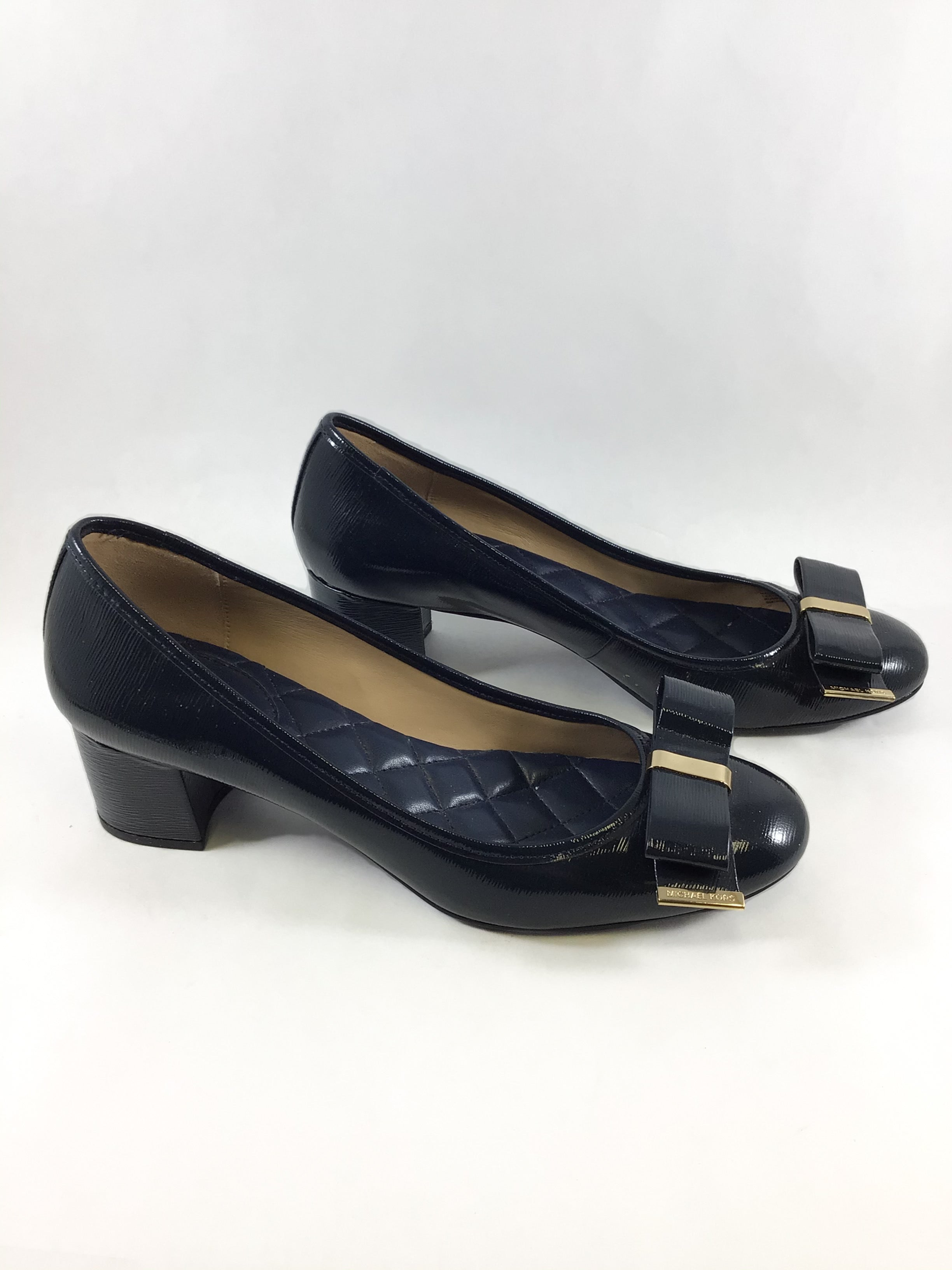 Primary Photo - BRAND: MICHAEL BY MICHAEL KORS <BR>STYLE: SHOES DESIGNER <BR>COLOR: NAVY <BR>SIZE: 9 <BR>SKU: 213-213106-28385