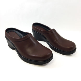 Primary Photo - BRAND: DANSKO STYLE: SHOES HIGH HEEL COLOR: BROWN SIZE: 10 SKU: 213-213143-11145