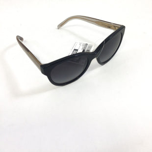 Primary Photo - BRAND: BURBERRY STYLE: SUNGLASSES COLOR: BLACK SKU: 213-213150-78**SMALL SCRATCH ON LEFT LENS-AS PICTURED