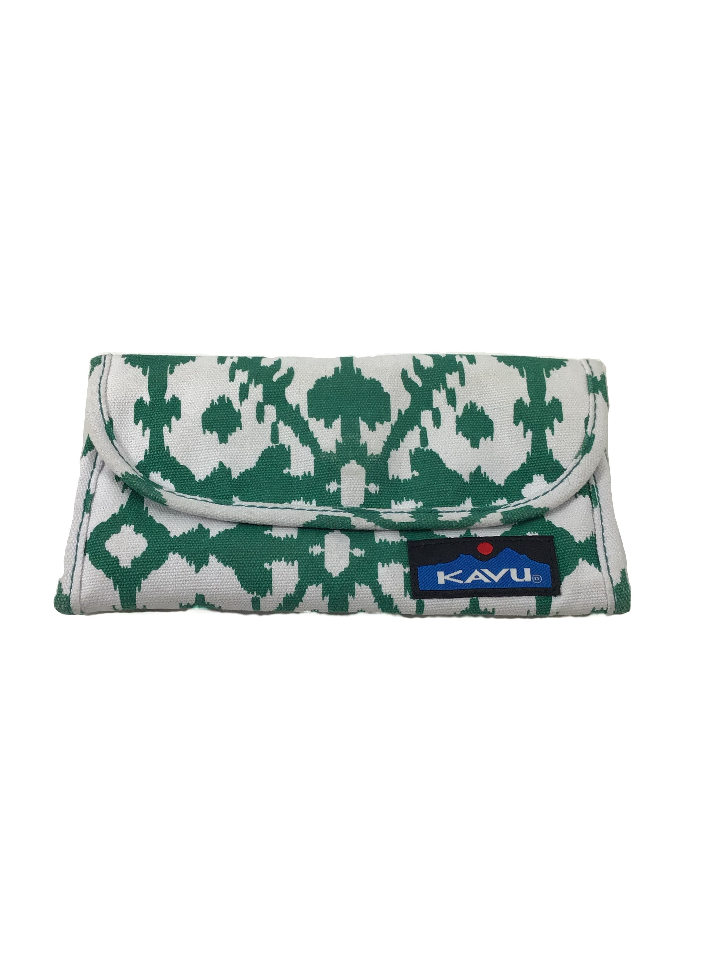 Primary Photo - BRAND: KAVU <BR>STYLE: WALLET <BR>COLOR: GREEN <BR>SIZE: MEDIUM <BR>SKU: 213-213149-1396