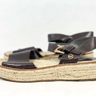 Primary Photo - BRAND: MICHAEL BY MICHAEL KORS STYLE: SANDALS LOW COLOR: BROWN SIZE: 6 SKU: 213-213118-33030