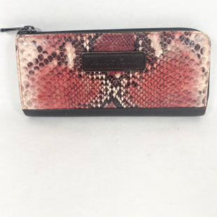 Primary Photo - BRAND: LONGCHAMP STYLE: WALLET COLOR: SNAKESKIN PRINT SIZE: LARGE SKU: 213-213118-36092