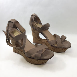 Primary Photo - BRAND: DOLCE VITA STYLE: SHOES HIGH HEEL COLOR: TAUPE SIZE: 9.5 SKU: 213-213118-34404