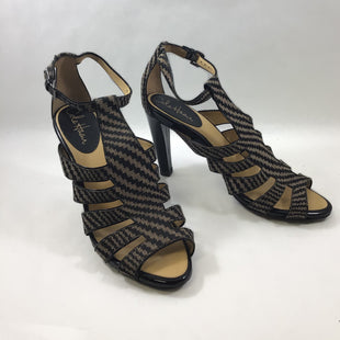 Primary Photo - BRAND: COLE-HAAN STYLE: SHOES HIGH HEEL COLOR: GEOMETRIC SIZE: 9.5 SKU: 213-213118-34406