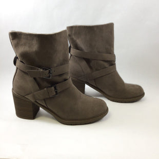 Primary Photo - BRAND: A NEW DAY STYLE: BOOTS ANKLE COLOR: TAUPE SIZE: 9.5 SKU: 213-213143-8814