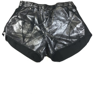 Primary Photo - BRAND: UNDER ARMOUR STYLE: ATHLETIC SHORTS COLOR: METALLIC SIZE: L SKU: 213-21394-42463