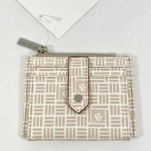 Primary Photo - BRAND: ANNE KLEIN STYLE: WALLET COLOR: SAND SIZE: SMALL SKU: 213-213143-12768