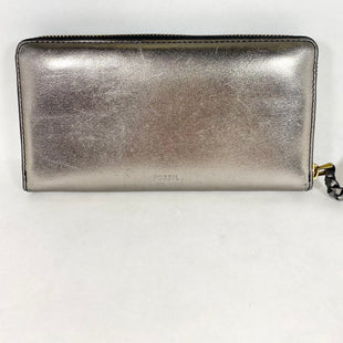 Primary Photo - BRAND: FOSSIL STYLE: WALLET COLOR: METALLIC SIZE: LARGE SKU: 213-213118-34597