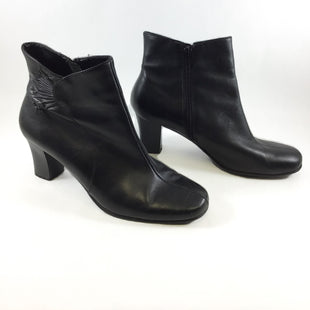 Primary Photo - BRAND: CROFT AND BARROW STYLE: BOOTS ANKLE COLOR: BLACK SIZE: 8.5 SKU: 213-213149-883