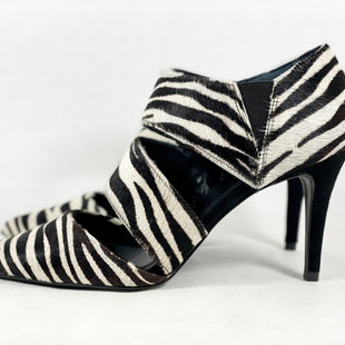 Primary Photo - BRAND: TRINA TURK STYLE: SHOES HIGH HEEL COLOR: ZEBRA PRINT SIZE: 8.5 SKU: 213-213135-7557