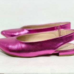 Primary Photo - BRAND: CHINESE LAUNDRY STYLE: SHOES FLATS COLOR: FUSCHIA SIZE: 8 SKU: 213-213143-12025