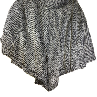 Primary Photo - BRAND:  CMB STYLE: PONCHO COLOR: GREY SIZE: XL OTHER INFO: TESS ELLIOT STUDIO - SKU: 213-21394-43684