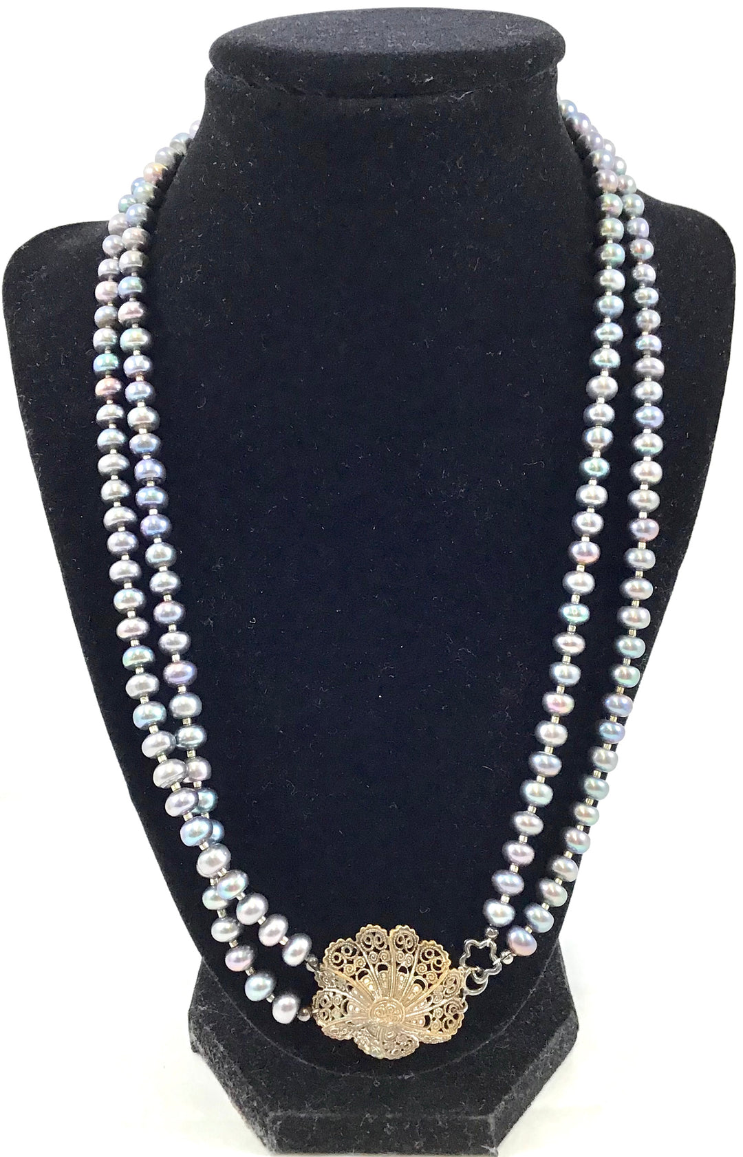 Primary Photo - BRAND:    CLOTHES MENTOR <BR>STYLE: NECKLACE <BR>COLOR: PEARL <BR>OTHER INFO: FRESHWATER PEARLS <BR>SKU: 213-21394-42194