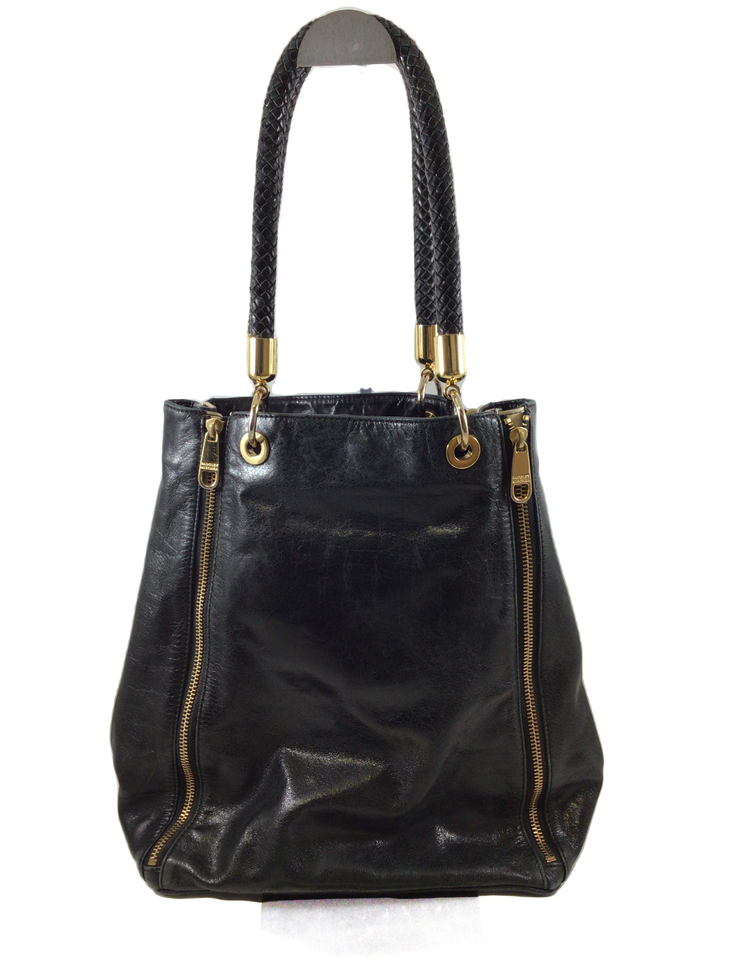 Photo #1 - BRAND: BADGLEY MISCHKA <BR>STYLE: HANDBAG DESIGNER <BR>COLOR: BLACK WHITE <BR>SIZE: LARGE <BR>SKU: 213-213143-9934